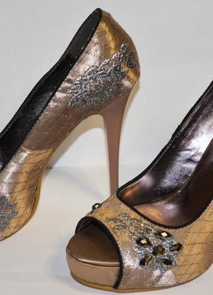 Роскошные туфли дольче габбана dg (dolce gabbana) размер 37