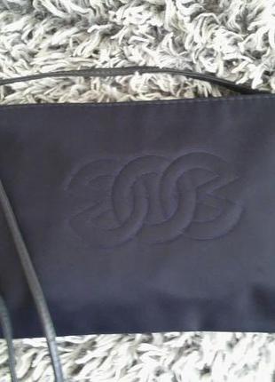 Вместительная синяя сумка кроссбоди