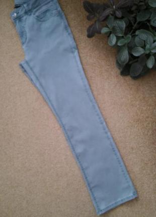 Классные джинсы известного бренда