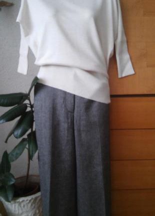 Стильные брюки кюлоты с пуговичками