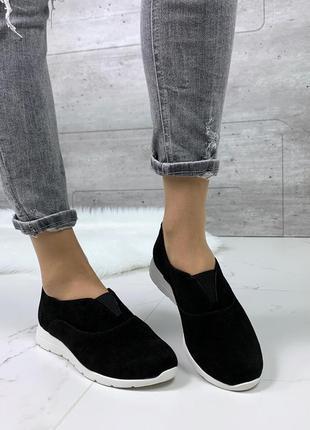 Чёрные туфли из натурального велюра, чёрные велюровые туфли