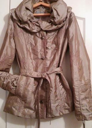 Золотистая куртка