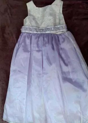 Платье нарядное для девочки 5 лет лиловый цвет.