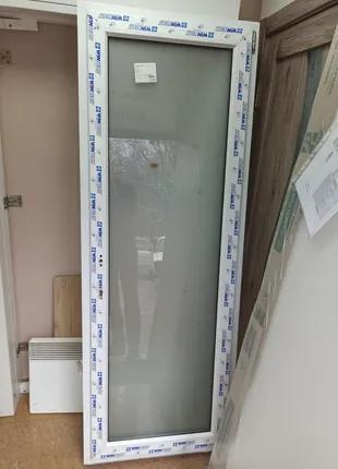 Новая металлопластиковая дверь. Фурнитура Немецкая ROTO