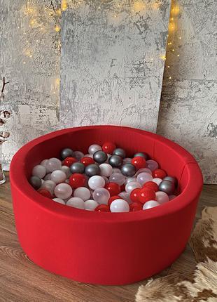 Красный детский сухой бассейн с шариками