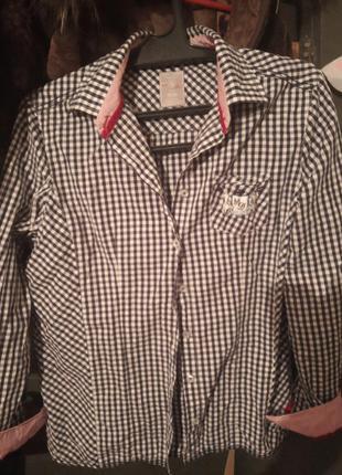 Рубашка стильная.