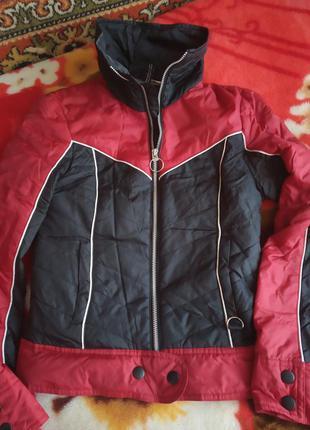 Куртка брендовая,осень-весна.