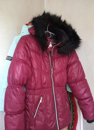 Куртка брендовая.