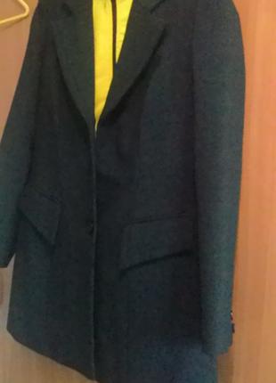 Пиджак стильный.