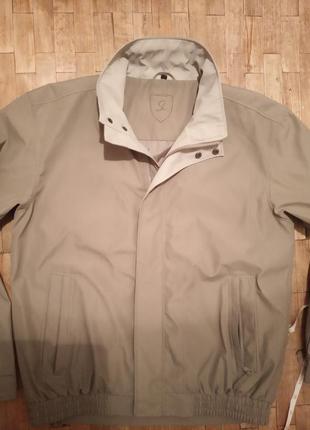 Куртка лёгкая,бренд,супер.р.50-52.