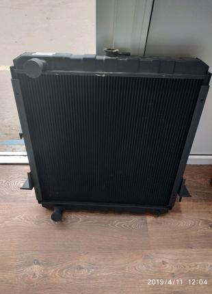 Радиатор охлаждения двигателя автобус Богдан а-092.