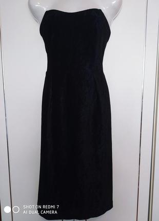 Шикарное вечернее платье черного цвета с отблеском