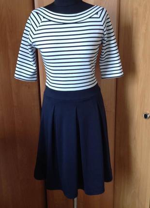 Платье в морском стиле р.м