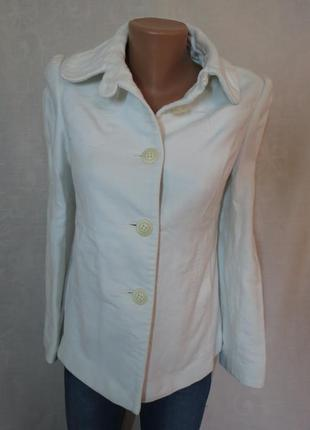 Белый жакет пальто