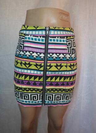 Разноцветная юбка с замочком спереди / на молнии