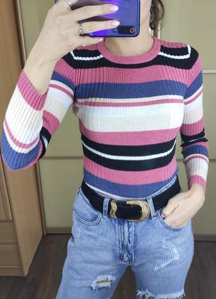 Джемпер в цветную полоску в рубчик