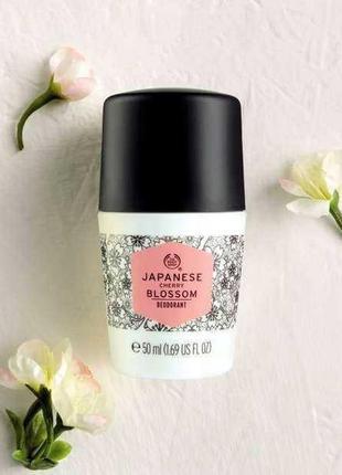 The body shop шариковый дезодорант japanese cherry blossom, пр...