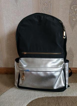 Рюкзак вместительный