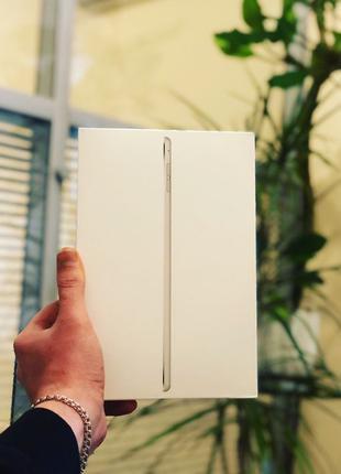 Apple iPad Mini 4 Wi-Fi + Cellular 64Gb Silver