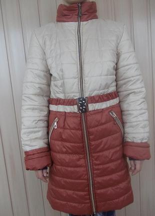 Зимнее пальто с подстежкой, капюшоном с мехом