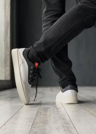 Мужские кроссовки найк джордан белые