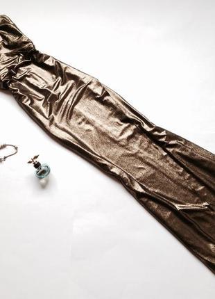 Длинное вечернее золотистое платье макси в форме запаха