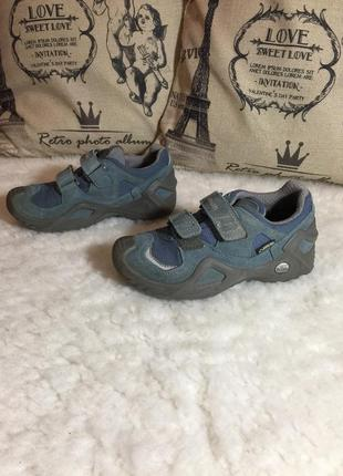 👍🏼 крутые ботинки премиум фирмы lowa gore-tex