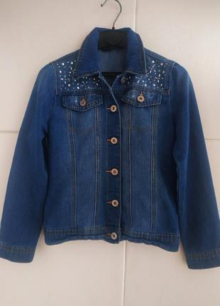 Джинсовая куртка для девочки 10-11 лет с декором