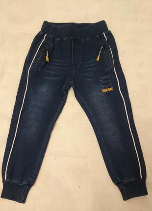 Брюки под джинс на мальчика р. 4 и 12 лет. венгрия