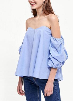 Топ блуза небесно голубого цвета с объемными рукавами от strad...