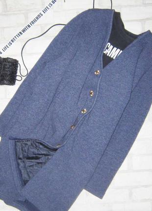 Шикарное утепленное  шерстяное пальто
