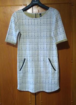 Платье прямого кроя от eksept