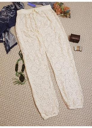 Белые кружевные брюки atmosphere