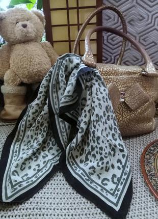Невесомый шелковый итальянский платок