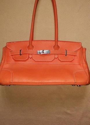 Яркая брендовая сумка от mollerus