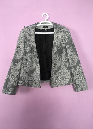 Классика стильный пиджак