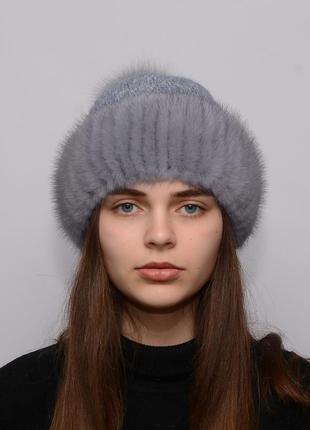 Женская вязанная шапка с бубоном из норки ажур орех