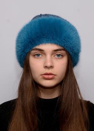 Женская вязанная шапка с бубоном из норки ажур бирюза