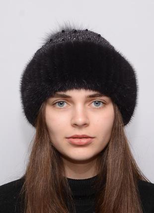 Женская вязанная шапка с бубоном из норки ажур баклажан