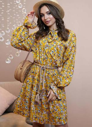 Шикарное весеннее платье в цветы