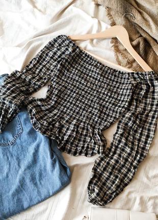 Укороченный кроп топ в клетку  блуза с длинным рукавом с откры...