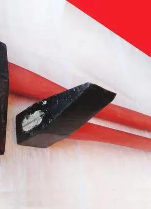Колун кованный 3кг с топорищем и клином