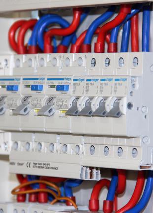 Электрощит и электромонтажные работы за разумную цену для Вашего