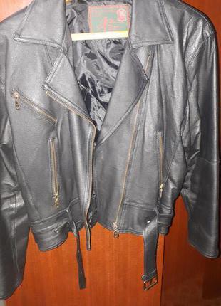 Куртка-косуха женская кожаная First (новая)