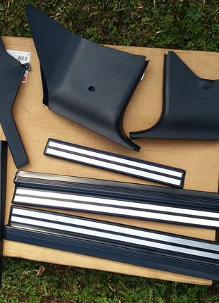 Mercedes w210 підголовники накладки пластики деталі синього салон