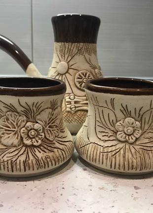 Турка(глиняная)с двумя чашками