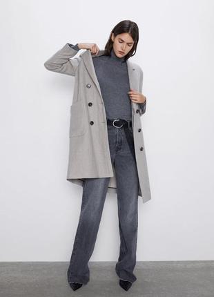 Пальто zara из смеси шерсти и льна. размер l