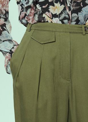 """Актуальные брюки """"бананы"""" с защипами на высокой талии, с бирка..."""