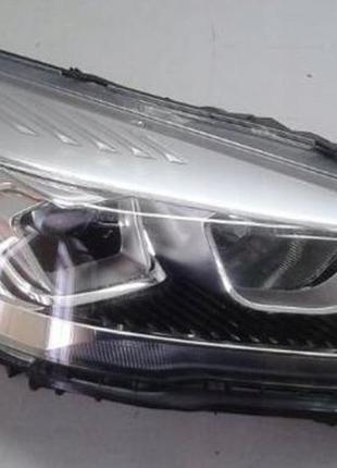 Ford Escape 2017 фара левая правая LED