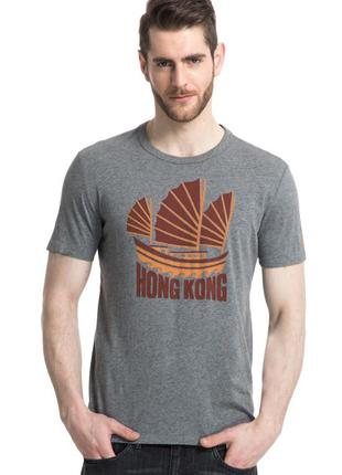 Серая футболка gap с принтом hong kong !